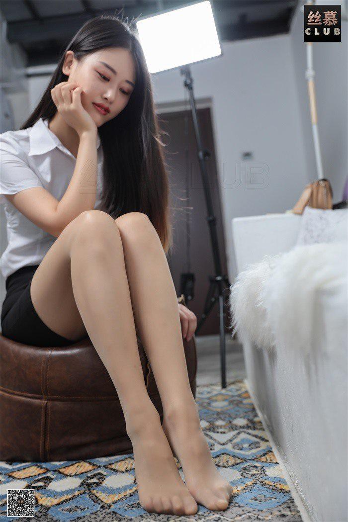 [丝慕GIRL] SM037 婉玲 天天一元《婉玲的职业装》[80P/113M]